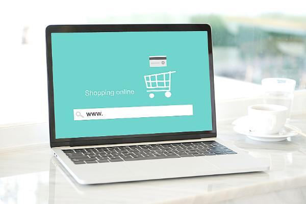 CLS corso di creazione e gestione di un e-commerce